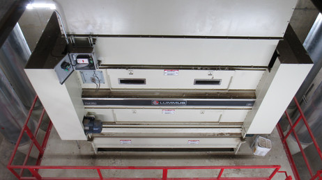 "Double Posi-Flo™ Storage Hopper (120"" wide) under Module Feeder Disperser Head"