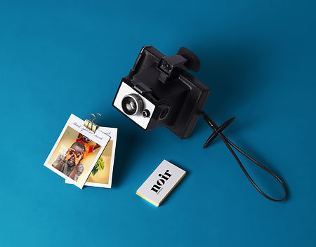 Polaroid-Style-Photos-Stationery-Mockup.