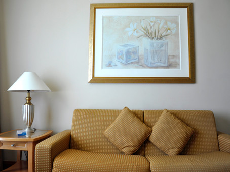 Quick Tip: The 2 things you should NEVER have in a hotel guest room.