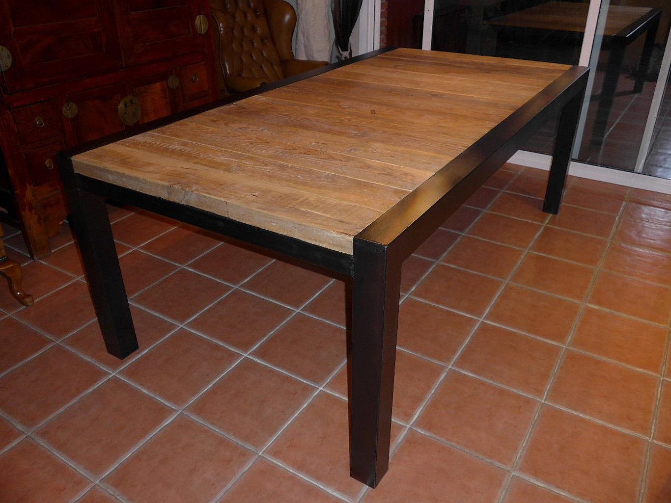 Muebles de dise o y de estilo industrial muebles metal y for Muebles design barcelona