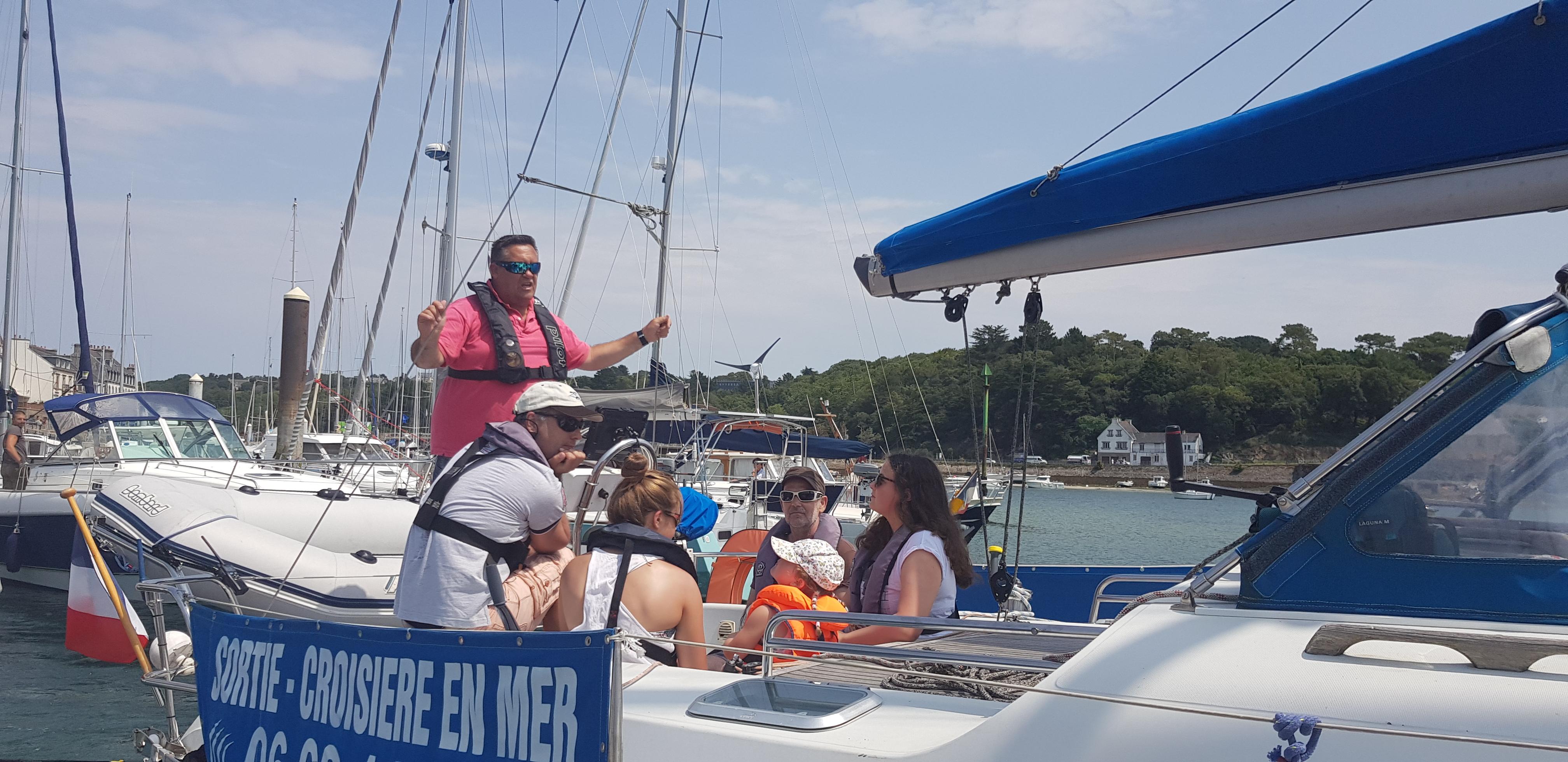 Prêt à larguer les amarres à Audierne- Audierne Yachting