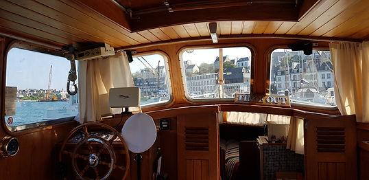 Vue de l'intérieur du Yacht Time Out