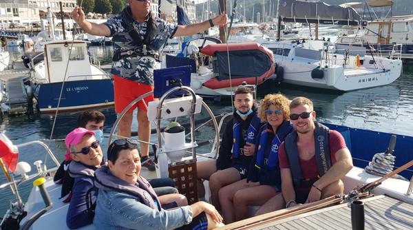 Sailboat Atlantis- Departure of an afternoon Sailing