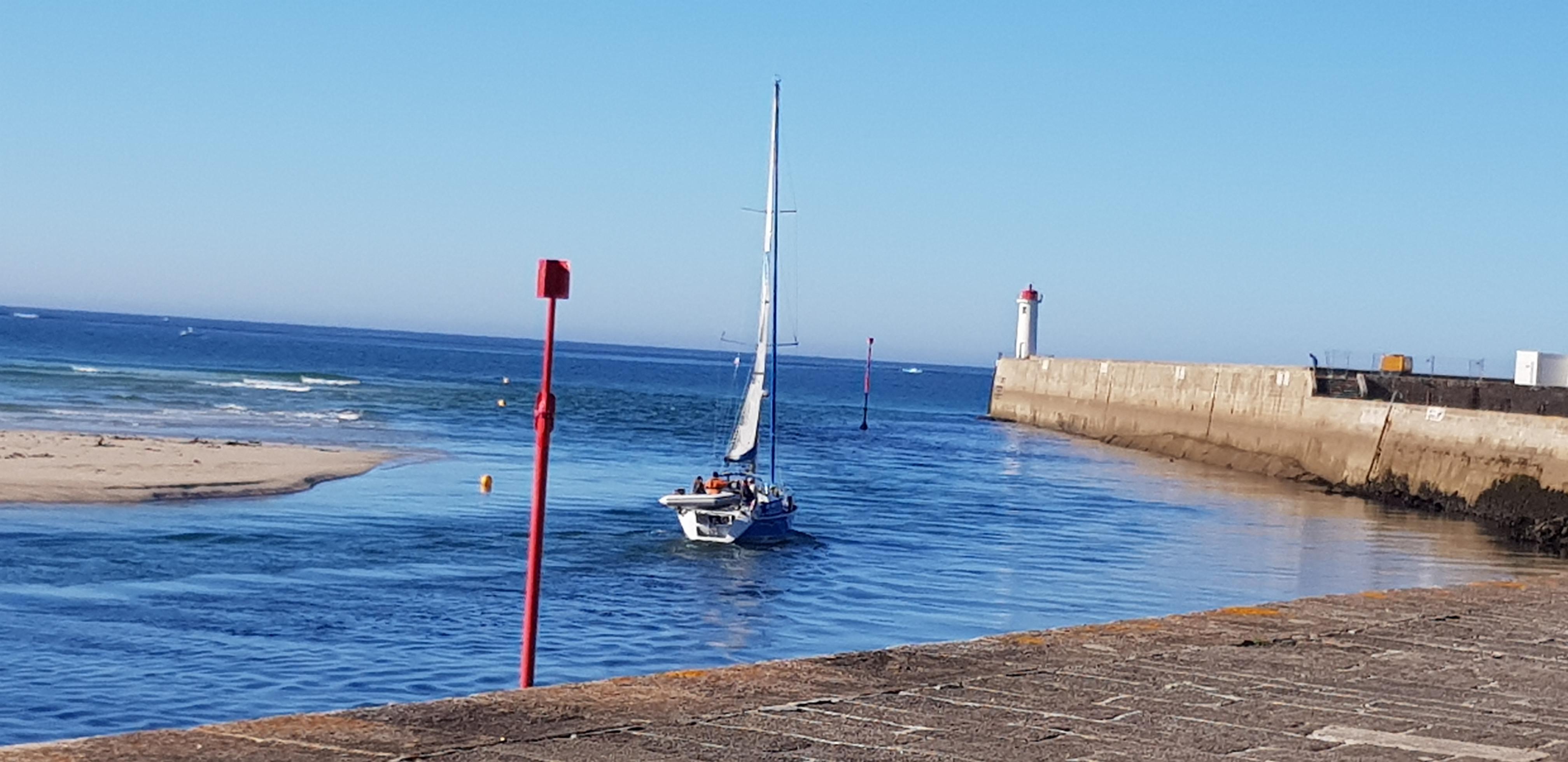 Location de voilier avec skipper- Audierne Yachting