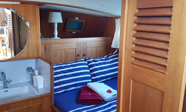 Aft Cabin Yacht Time Out
