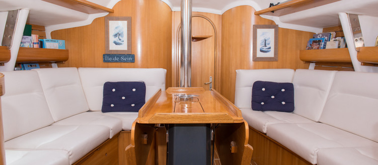 Sailboat crew cabin Atlantis