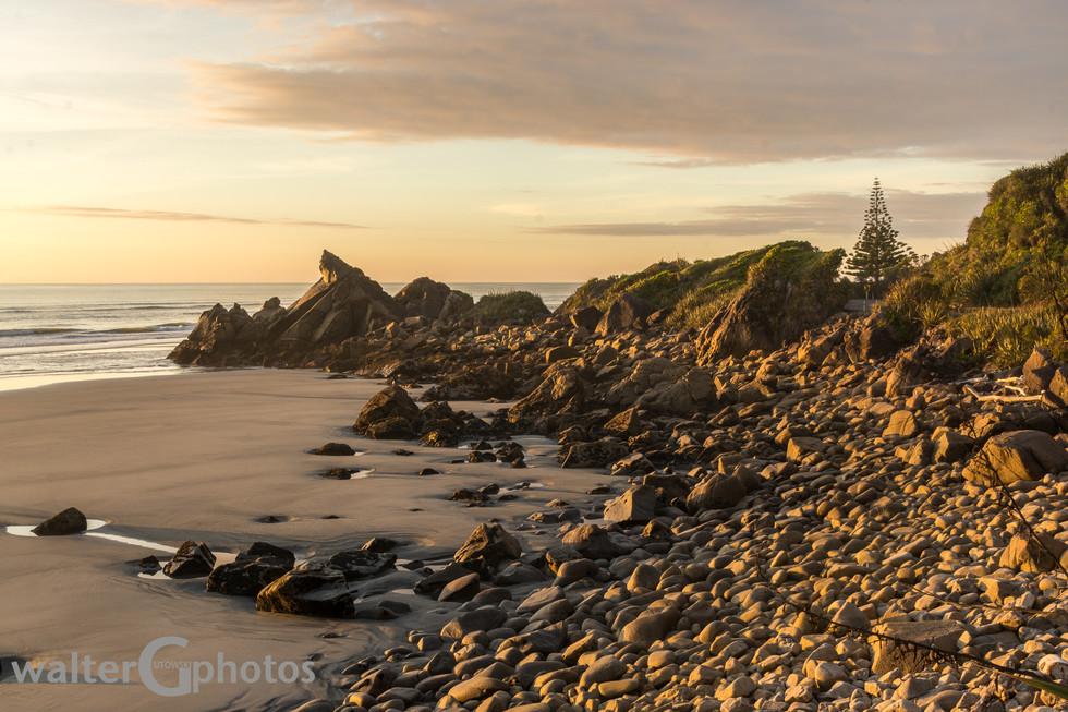 Golden hour near Punakaiki, New Zealand