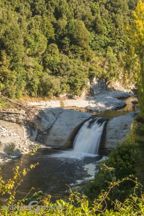 Raukawa Falls, NI, New Zealand