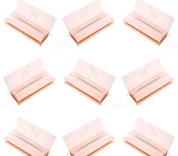 Custom Pink Rolling Papers