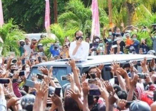 Polemik Kerumunan Kunjungan Jokowi di Maumere