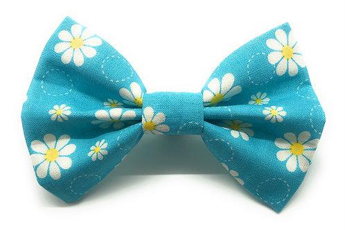 Spring Daisy (Sky Blue)