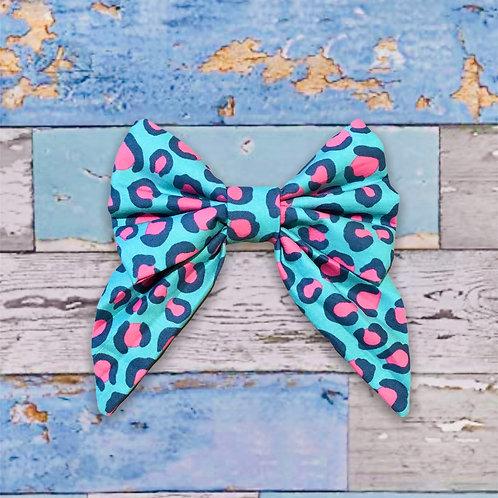 Get Spotted (Aqua) (Bow)