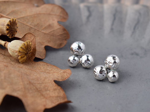 SILVER BERRY STUDS