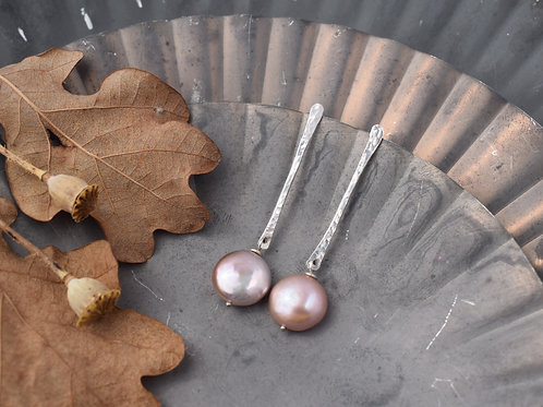 CONTEMPORARY PEARL EARRINGS