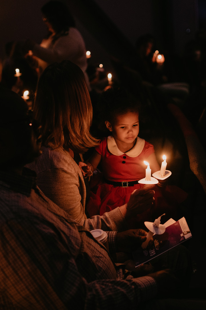 ChristmasStockPhotography_Candlelight1.j