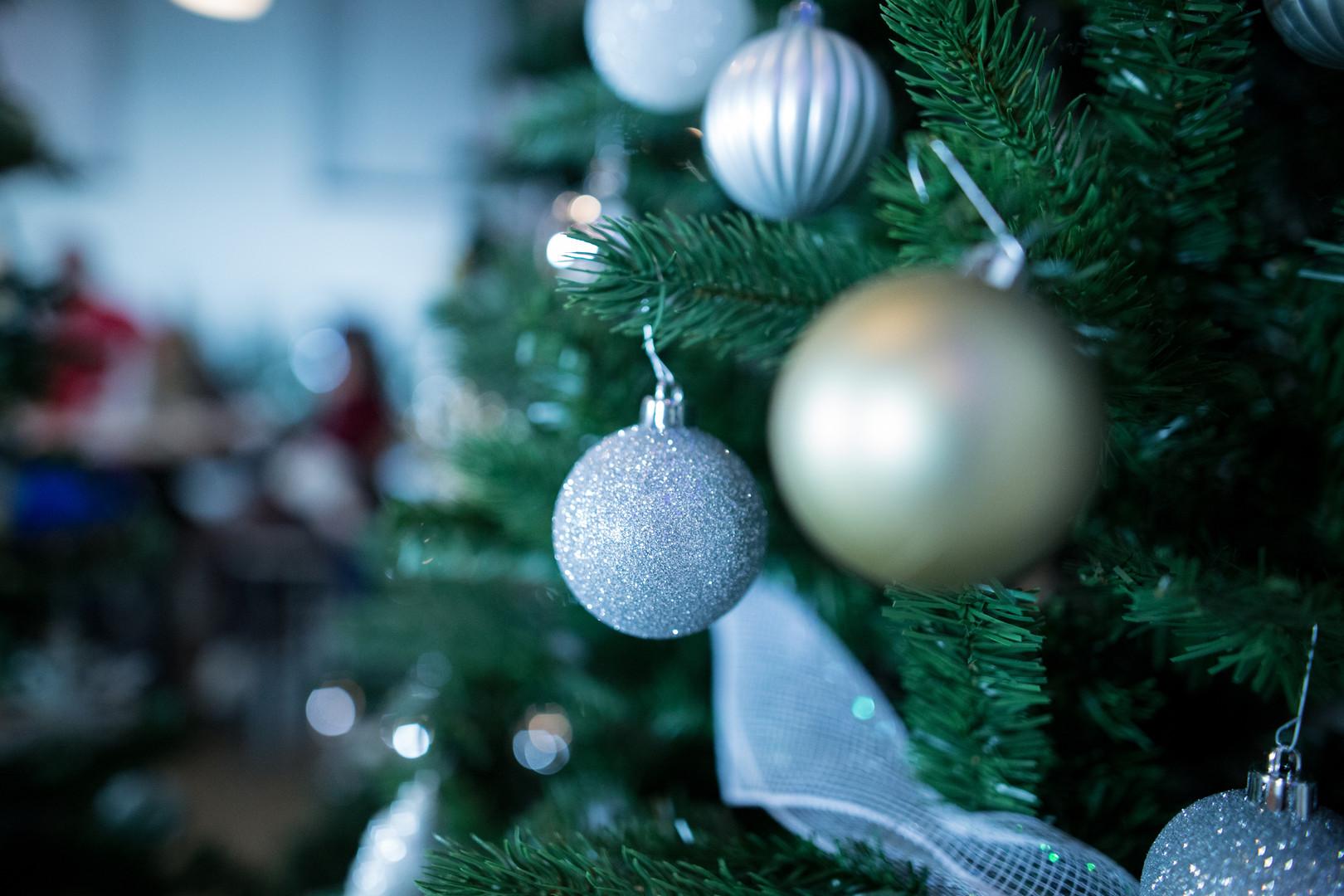 ChristmasStockPhotography_Ornament3.jpg