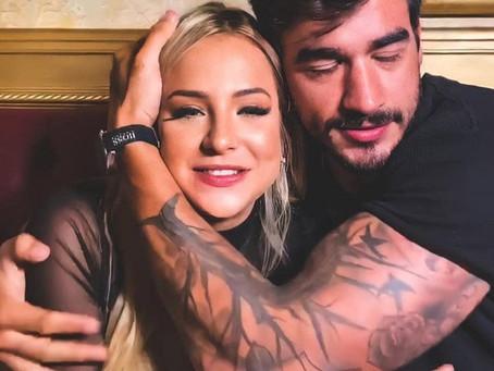 """Gabi Martins posta foto com Guilherme Napolitano e brinca: """"De Férias Com o Ex nova temporada"""""""