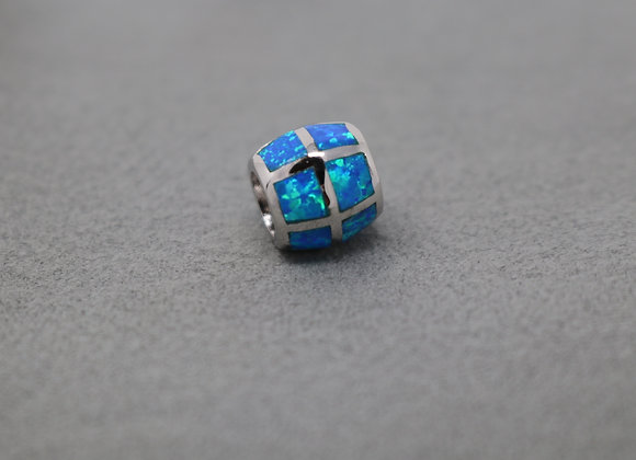 Sea Blue Bead Pendant SS