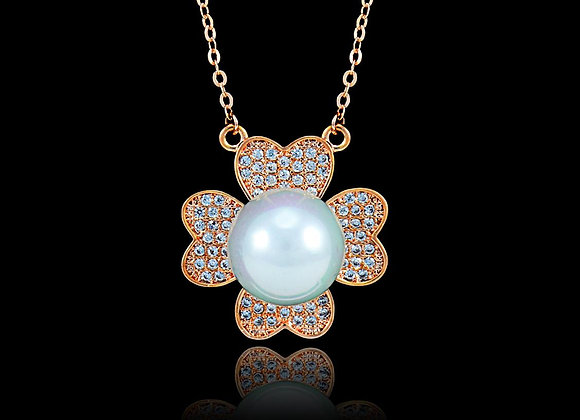 Pearl Flower Rose Gold Necklace With Gift Box