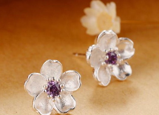 Floral SS Earrings With Gift Box