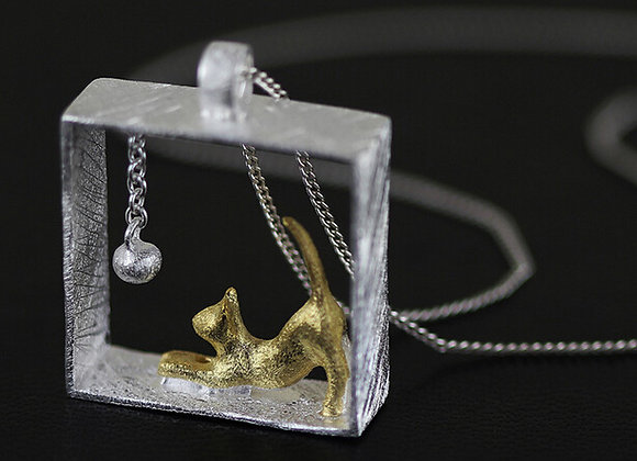 Cute Cat Pendant with Necklace 925 SS With Gift Box