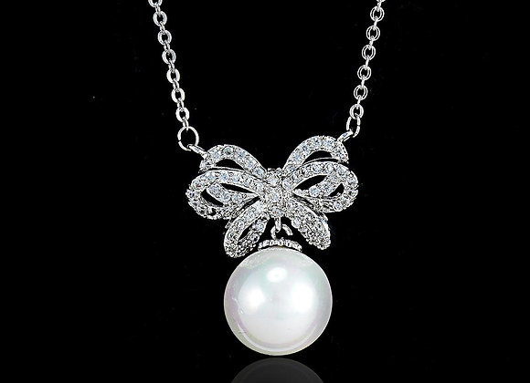 Pearl Bow Necklace With Gift Box