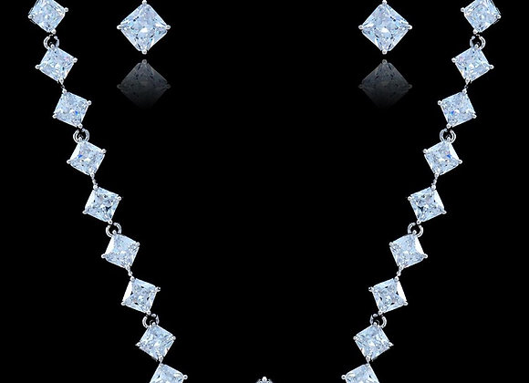 Necklace Set Cubic Zirconia and BZ Necklace With Gift Box