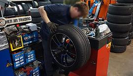 Wheel balancing, vibration on steering wheel