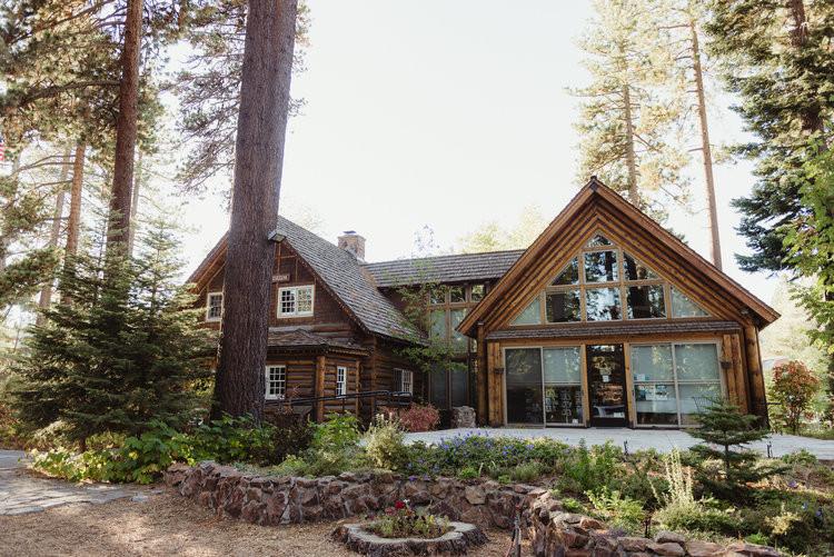 lake-tahoe-destination-wedding-vivianche
