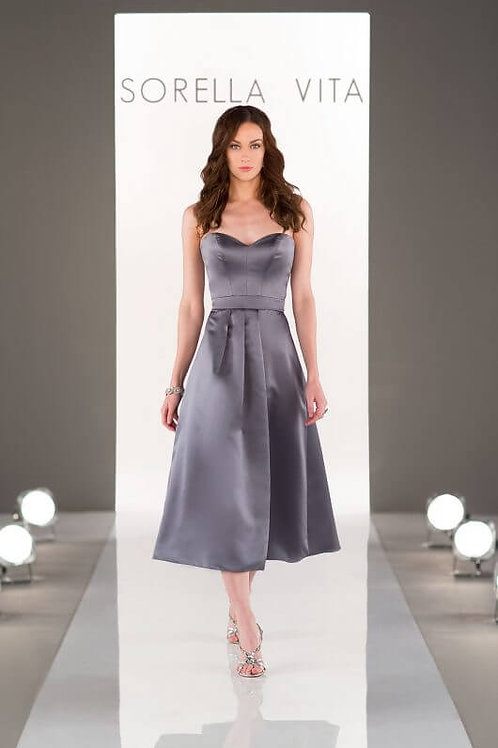 8652 size 12 Satin Tea Length Bridesmaid (midi)