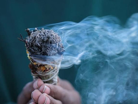 How to Use Sage for Cleansing