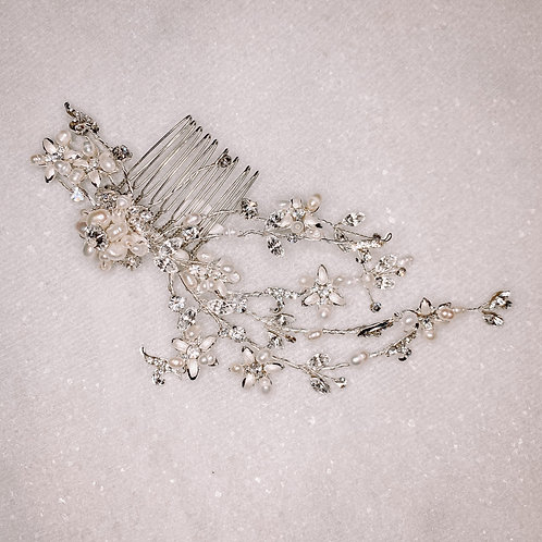 Pearl Floral Hair Comb