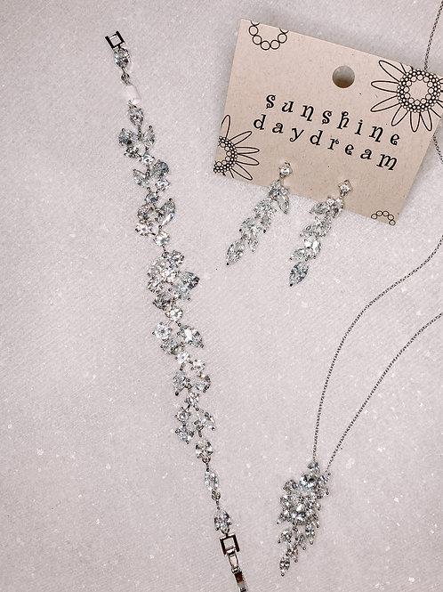 Oval Diamond Cluster Bracelet
