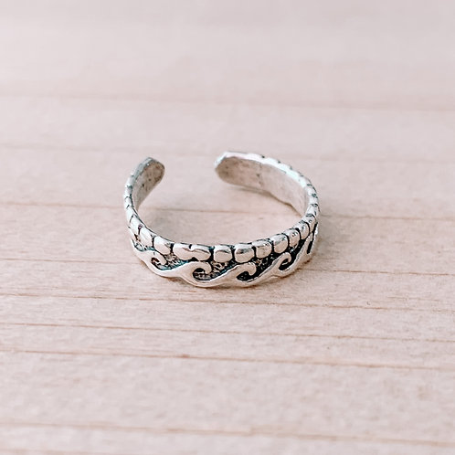 Wave Band Toe Right With Circle Design