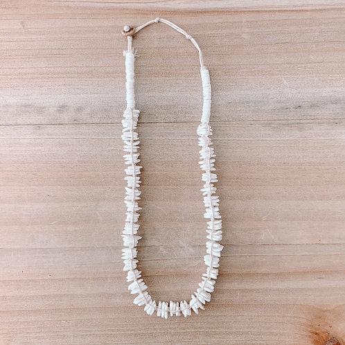 Hemp & Cut Clam Shell Necklace