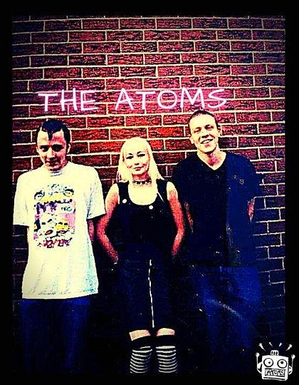 THE ATOMS BAND PIC - UK PUNK ROCK