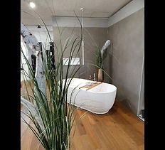 Wandplatten, Bodenplatten, Grossformate, Keramikplatten, Plättli, Parkett, Sanitärapparate, Gartenplatten direkt bemustern.