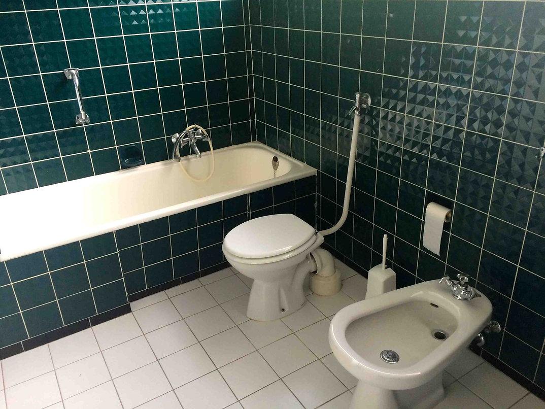 Ein Kuchenschrank Im Badezimmer Bad Umbau Mit Ikea Metod Hack