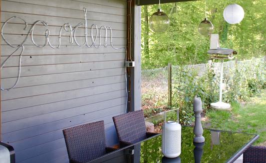 xxl leuchtschrift wie du einen schriftzug mit einem led lichtschlauch einfach selber machen. Black Bedroom Furniture Sets. Home Design Ideas