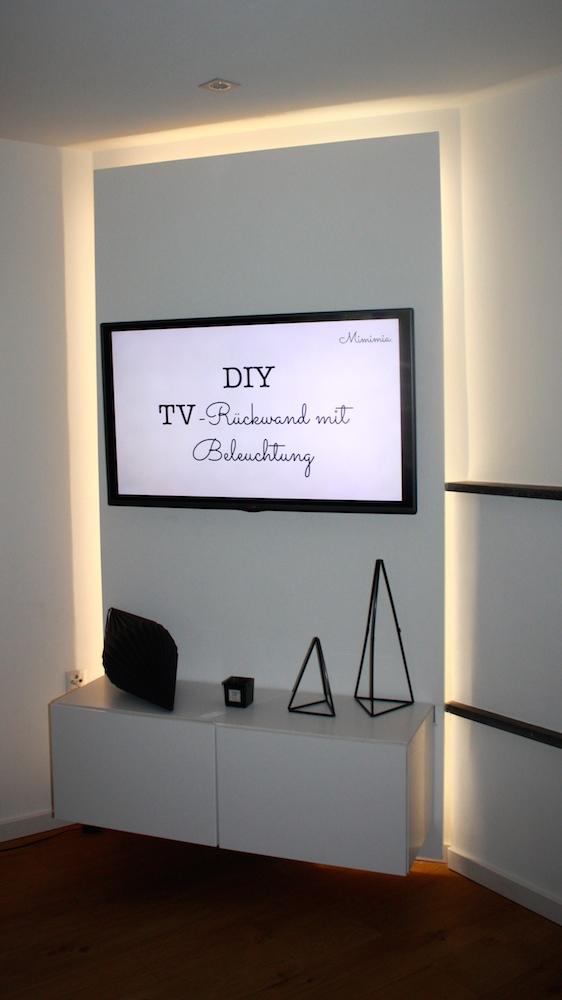 wie du eine tv r ckwand mit glow und k chenschr nken selber bauen kannst ikea hack mimimia. Black Bedroom Furniture Sets. Home Design Ideas