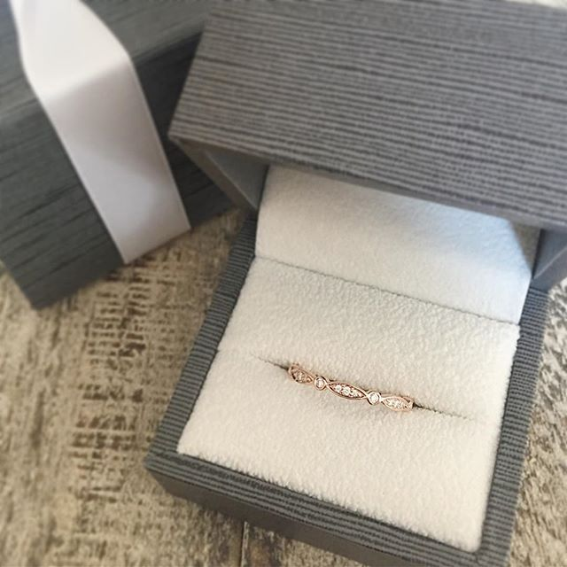 Art deco rose gold and diamond band