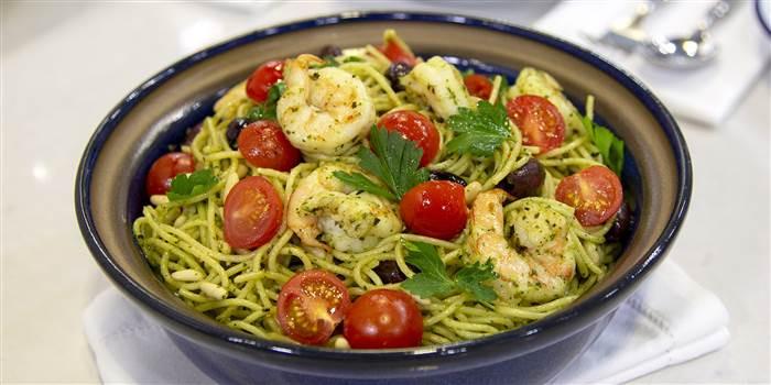 Mediterranean Pesto Shrimp Pasta