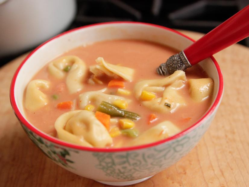 pioneer woman veggie tortellini soup recipe