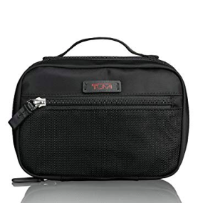 tumi toiletry kit