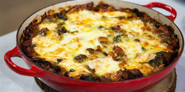 Giada De Laurentiis' Spicy 1-Skillet Lasagna