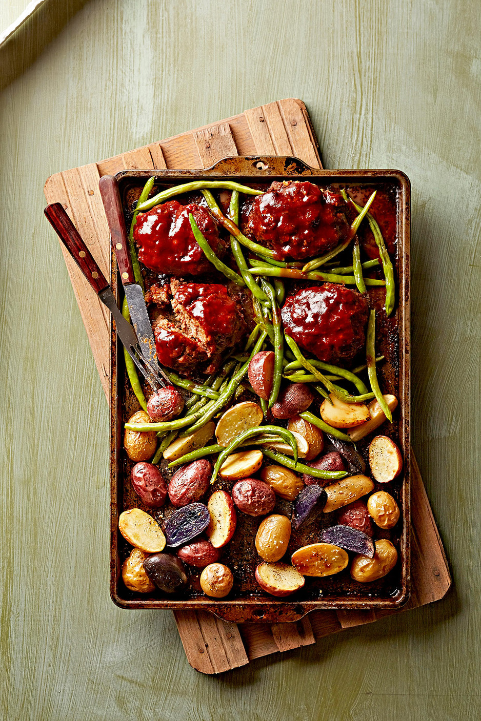 Mini Meat Loaves, Green Beans, and Potatoes