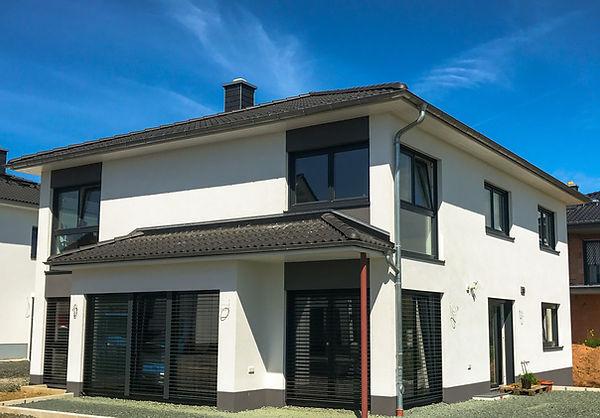 Moderne Stadtvilla, Bad Nauheim, reinsch-massivhaus.com