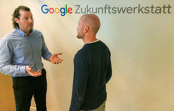 Jannis bei Google2.jpg