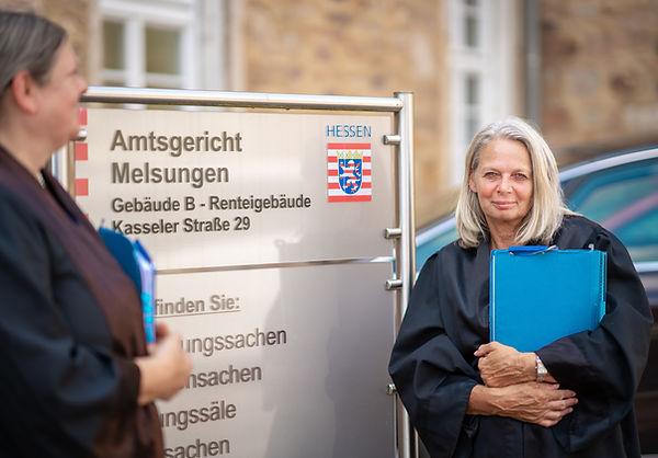 Andrea Smerling im Amtsgericht Melsungen