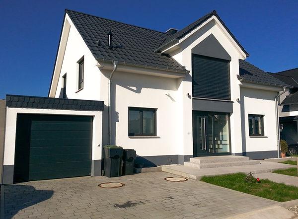 Satteldach Haus, Bad Nauheim, reinsch-massivhaus.com